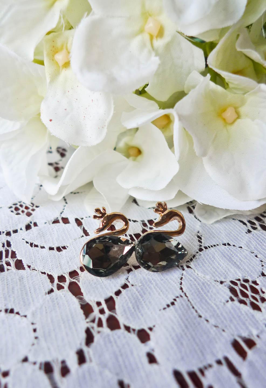 Lovely Swan Earrings