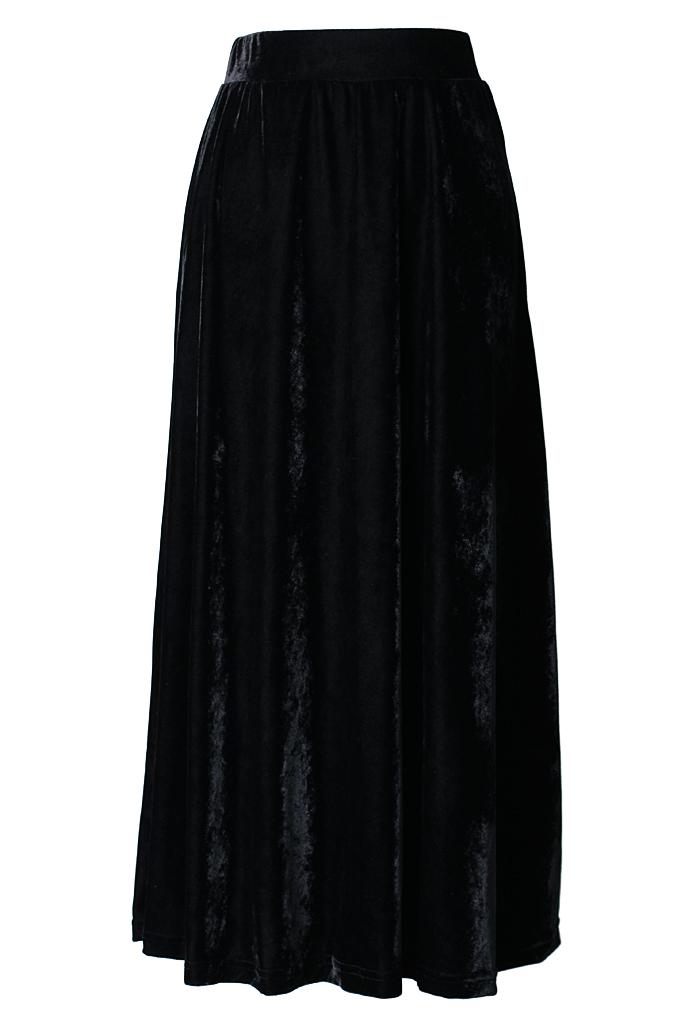 Velvet Pleated Maxi Skirt in Black