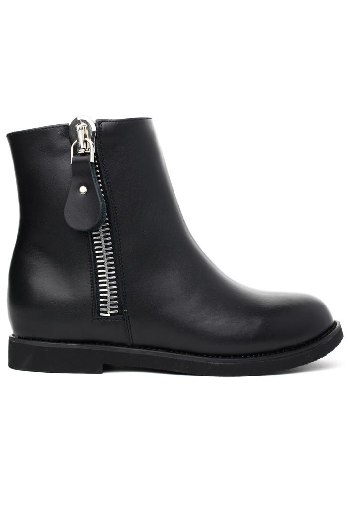 Zip Leather Bootie