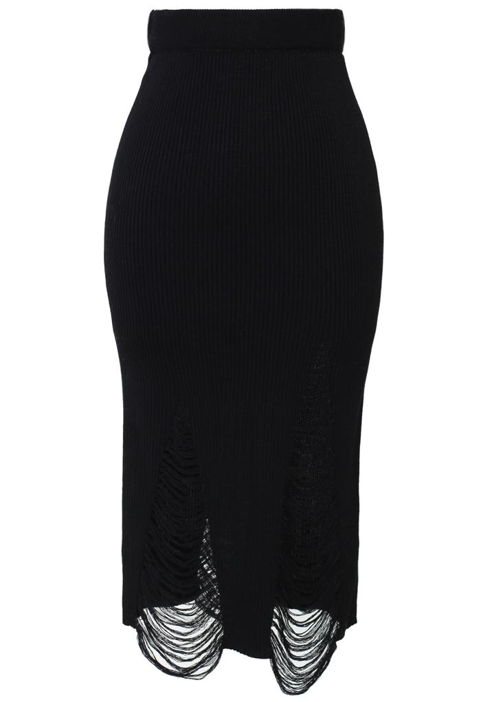 Shredded Knit Skirt in Black