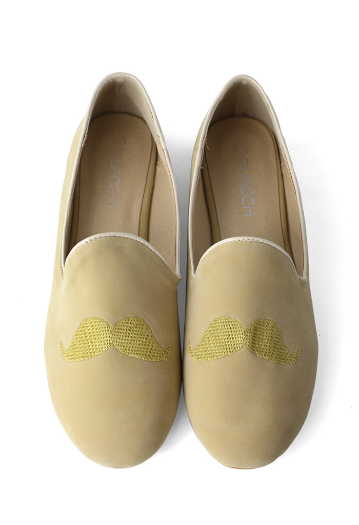 Mustache Embroidery Flat Shoes in Gold