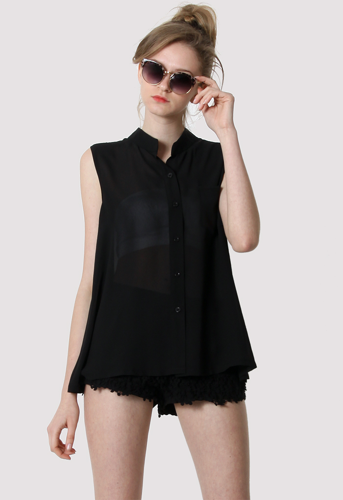 Laidback Pocket Chiffon Top in Black
