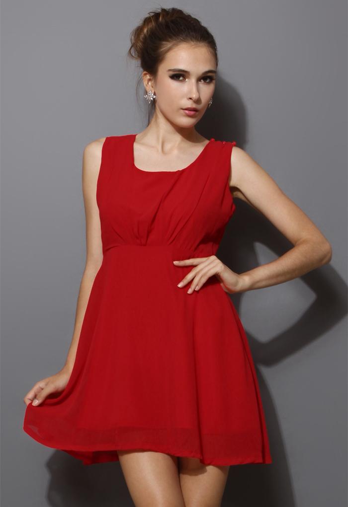 Chiffon Open-back Dress in Red