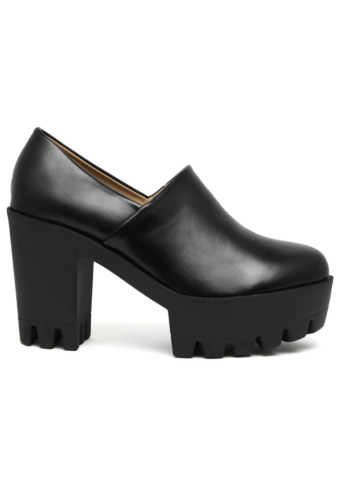 Black Vintage Platform Slip-On Boots