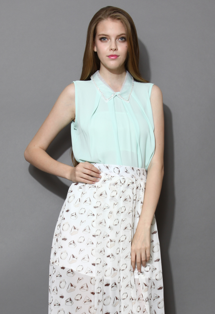 Beads Collar Sleeveless Top in Mint