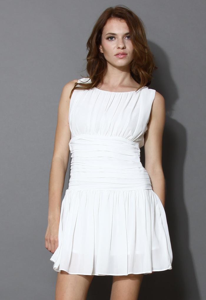 Full Elegance Ruffle Pleated Chiffon Dress
