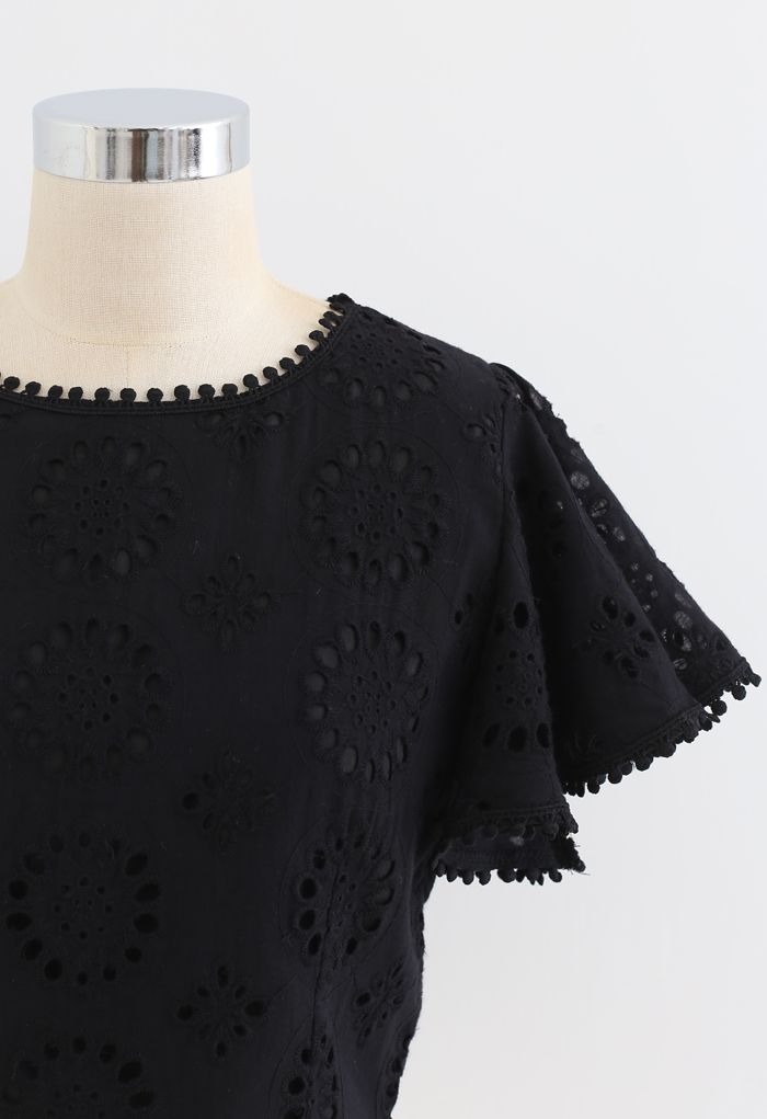 Floral Eyelet Embroidered Ruffle Sleeves Crop Top in Black