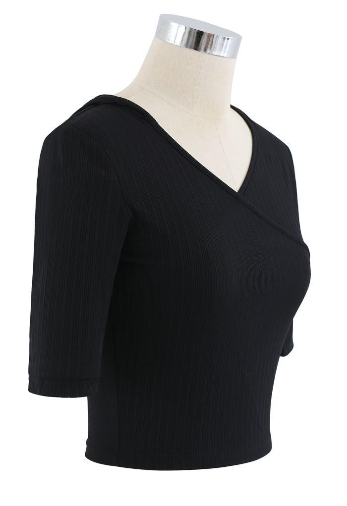 Stripe Crisscross Front Hooded Crop Sports Top in Black