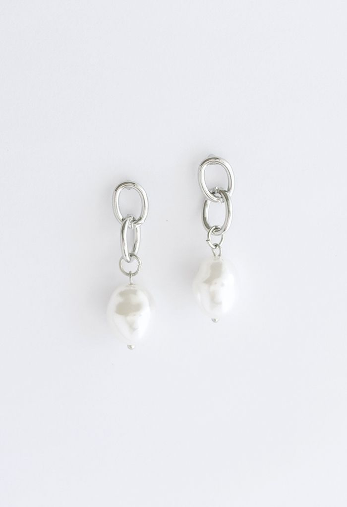 Silver Interlocking Circle and Pearl Earrings