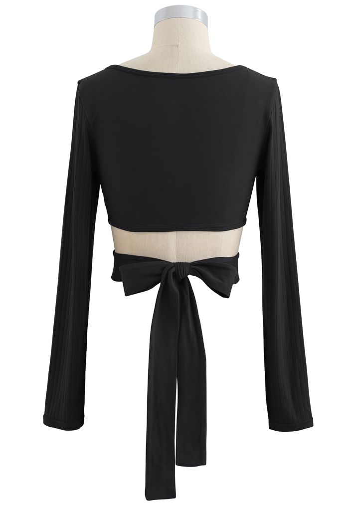 Self-Tie Waist Long Sleeves Cropped Sports Top in Black