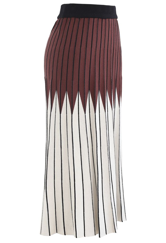 Brown and Ivory Pleated Knit Skirt