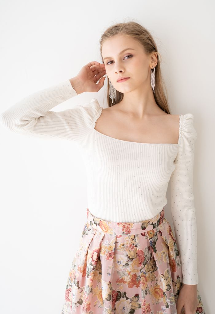 Flickering Square Neck Fitted Crop Knit Top in White