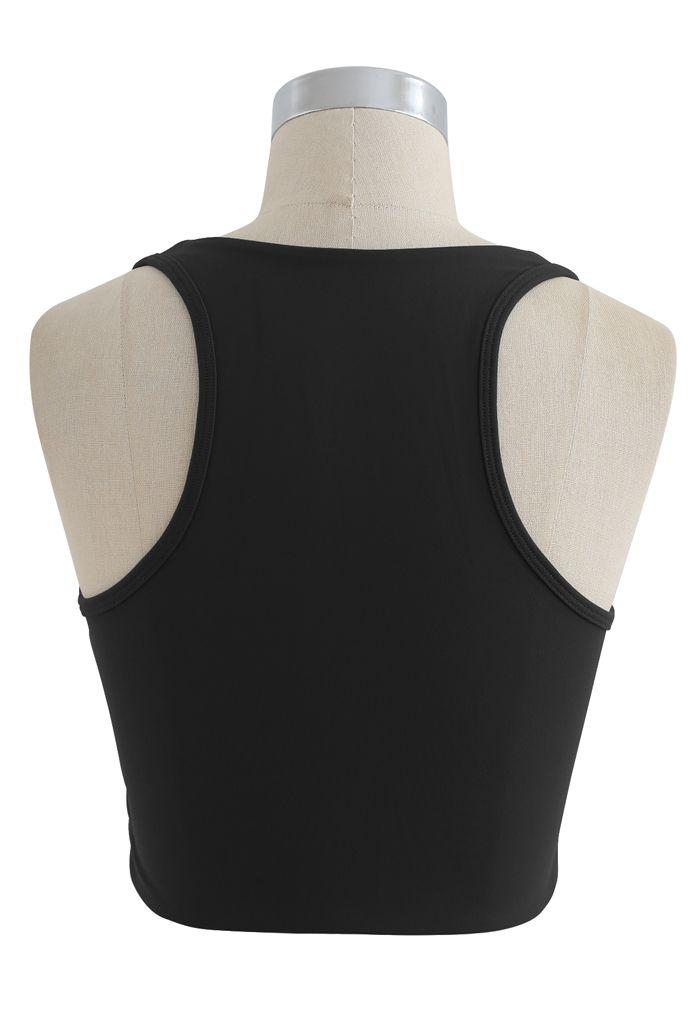 Zipper Cut Out Front Low-Impact Sports Bra in Black