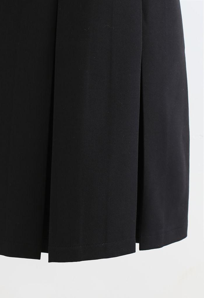 Pleated Hem Split Midi Skirt in Black