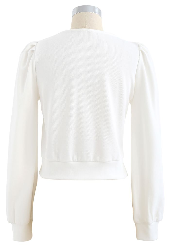 Crisscross Long Sleeves Crop Top in White
