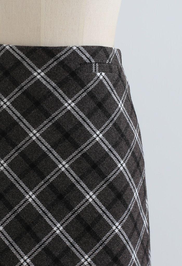 Stylish Plaid Wool-Blend Mini Skirt in Smoke