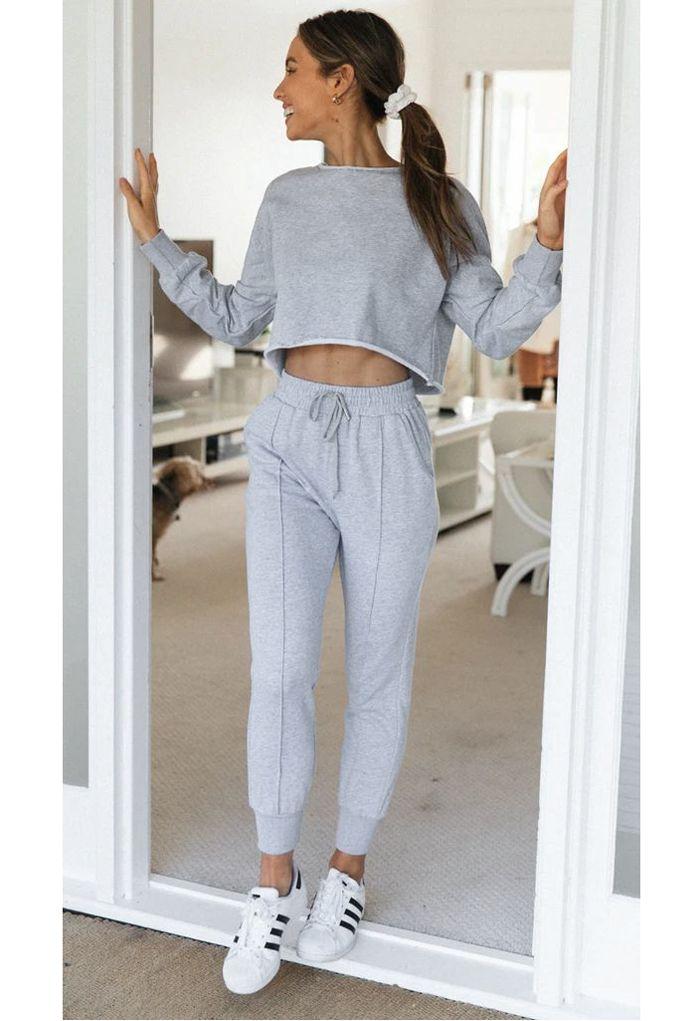 Raw-Cut Hem Sweatshirt and Seamed Pants Set in Grey