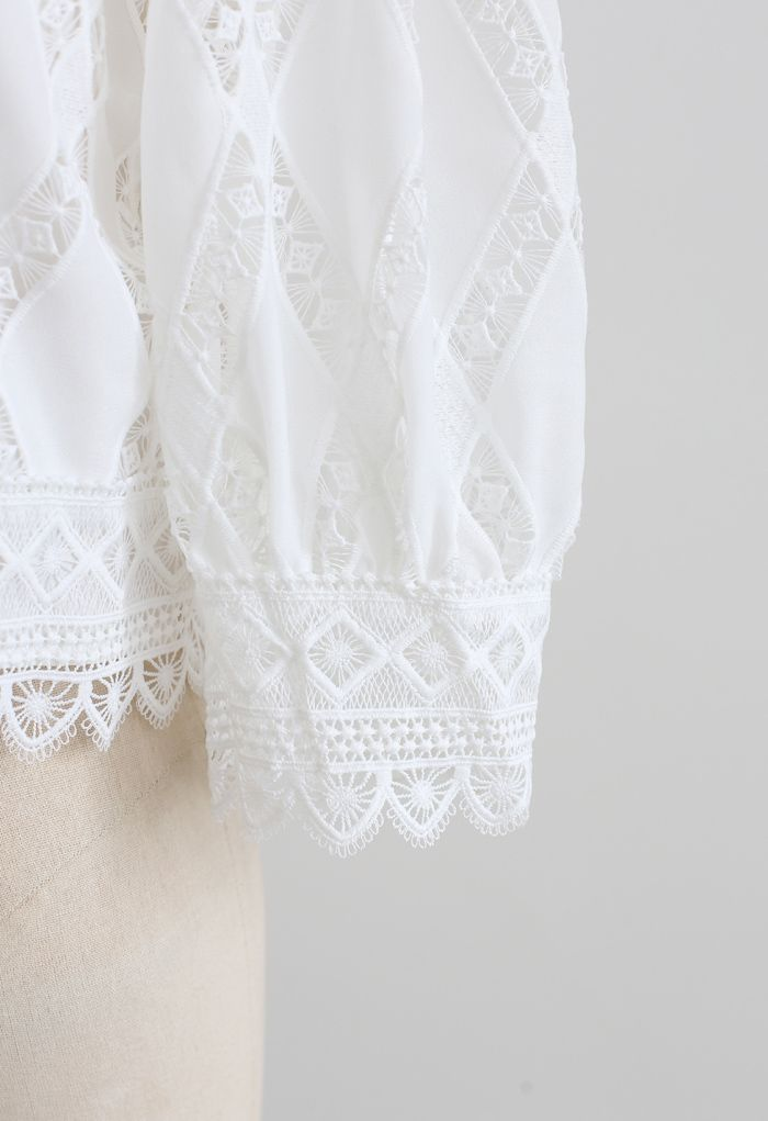 Crochet Inserted Puff Sleeves Crop Top in White