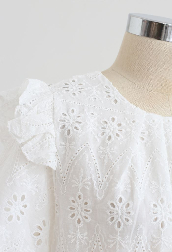Zigzag Eyelet Floral Embroidered Short-Sleeve Top in White