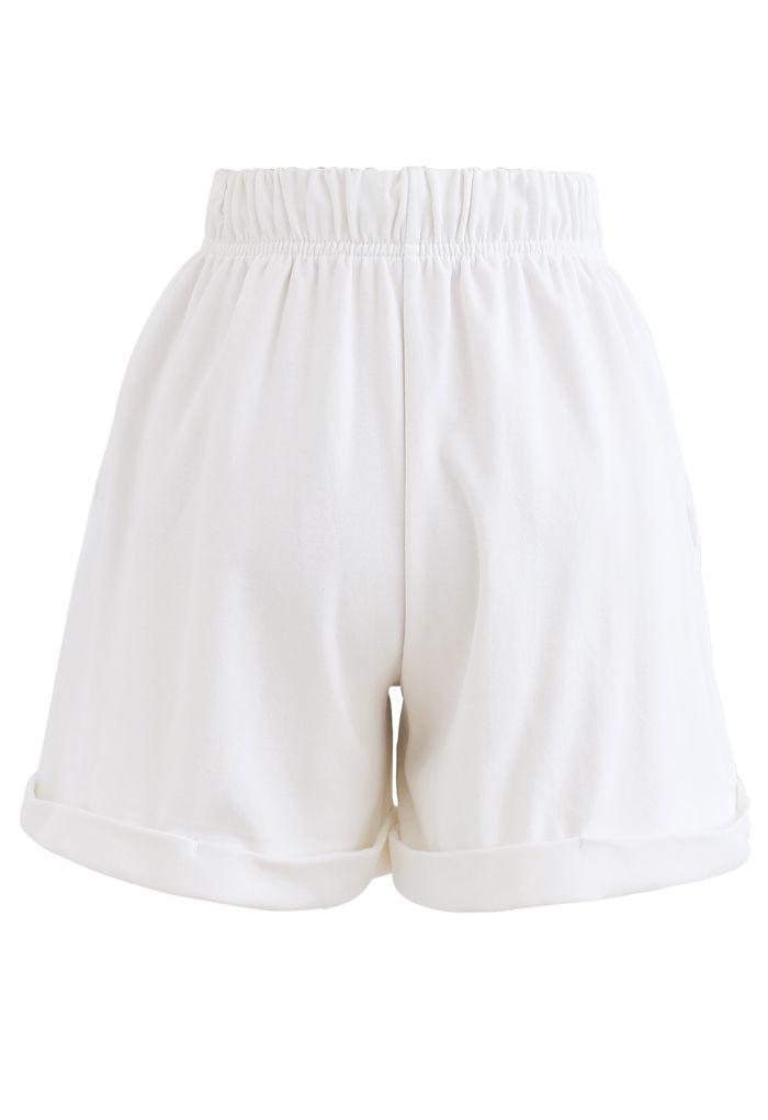 Folded Hem Drawstring Pockets Shorts in White