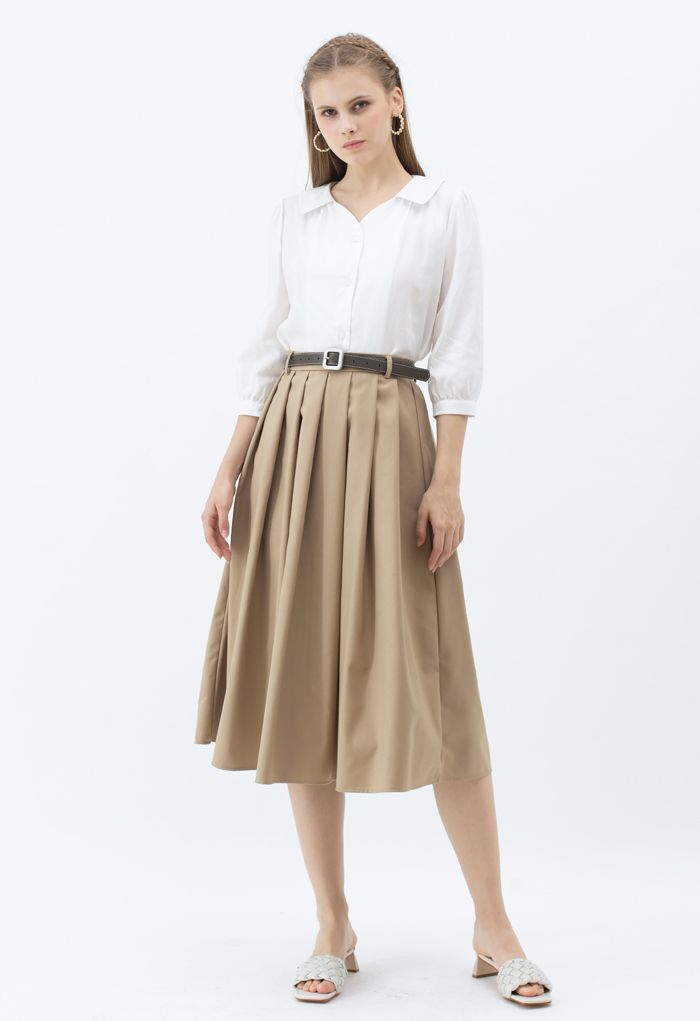 Three-Quarter Sleeve Buttoned Shirt in White