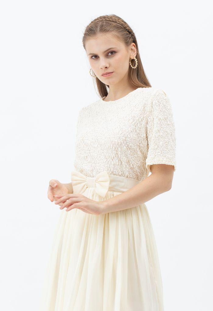 Full Embossed Lace Top in Cream