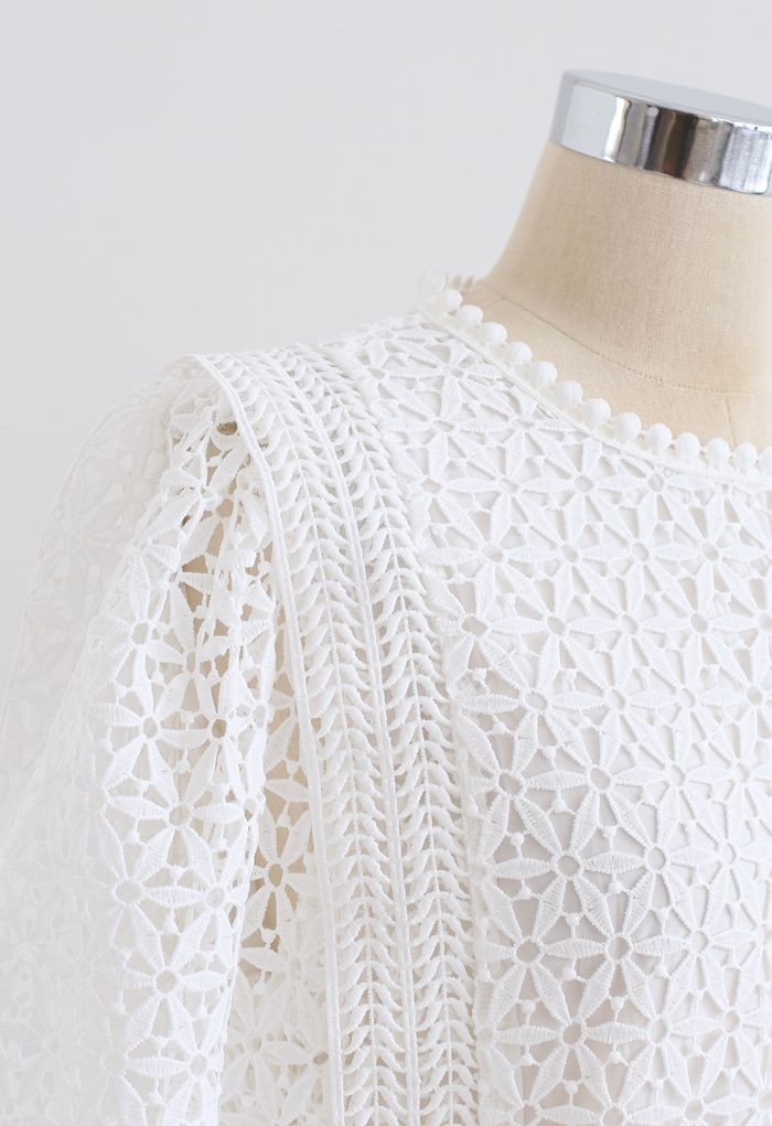 Full Floral Cutwork Crochet Top in White