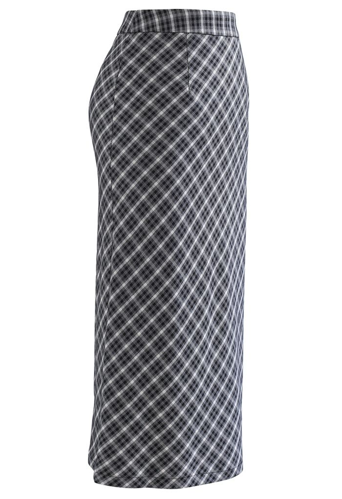 Gingham Slit Hem Pencil Skirt in Black