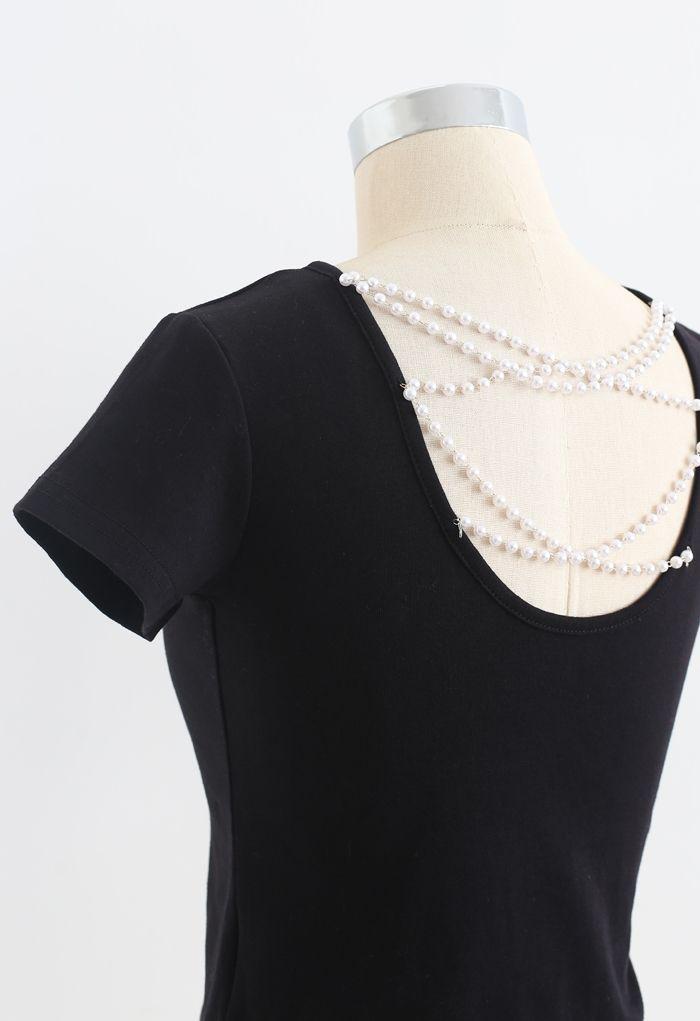 Crisscross Pearl Chain Crop T-Shirt in Black
