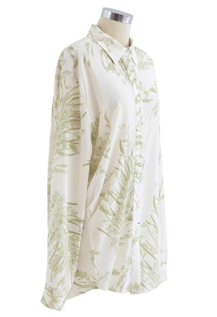 Dainty Floral Print Longline Shirt in Moss Green