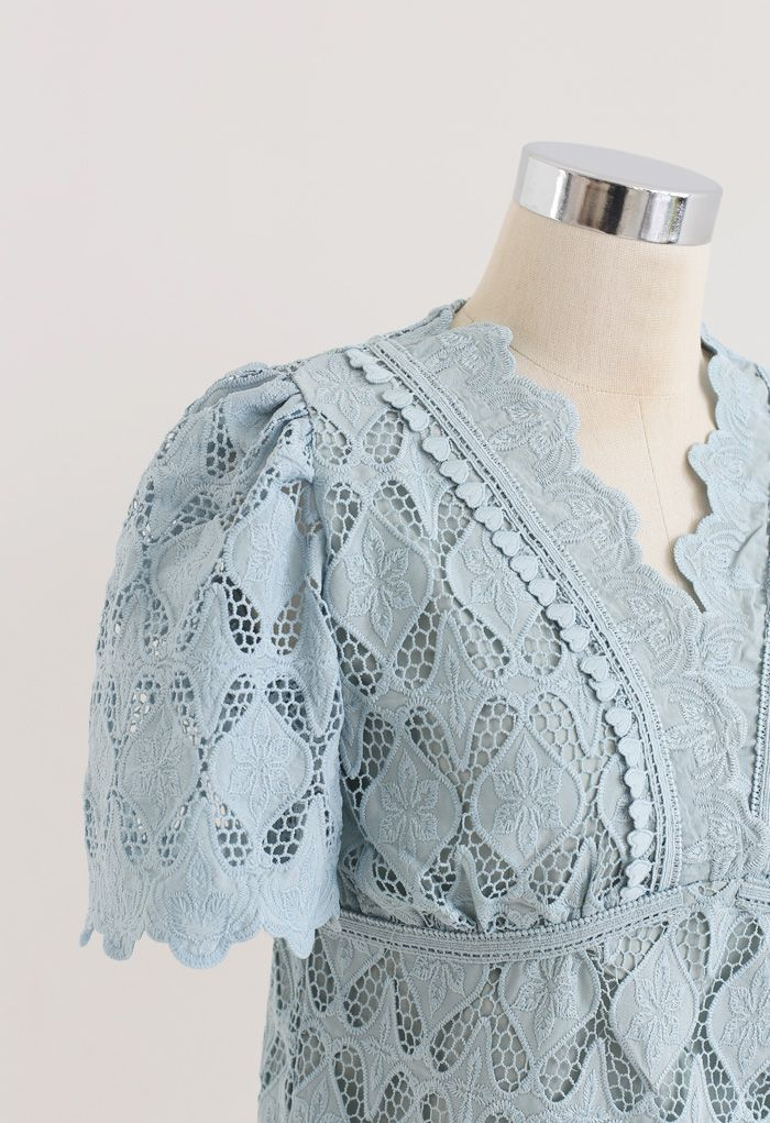 Scallop Edge Embroidered Crochet Top in Teal