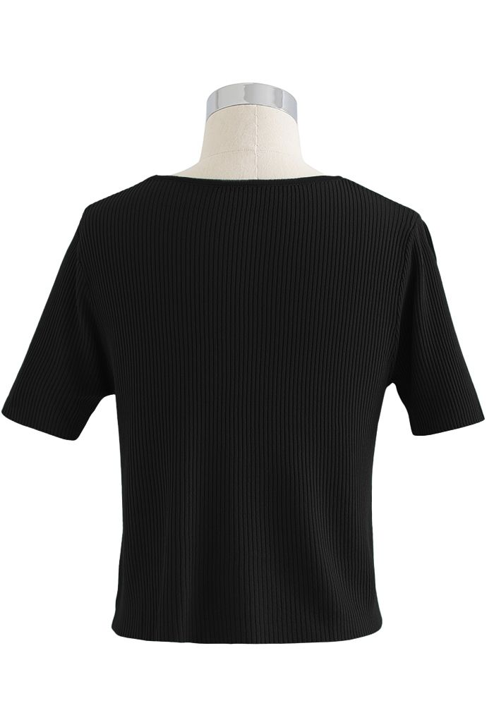 Buttoned V-Neck Short Sleeve Rib Knit Top in Black