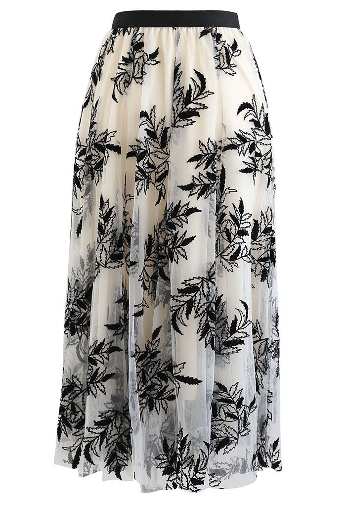 3D Leaf Double-Layered Mesh Tulle Midi Skirt in Cream