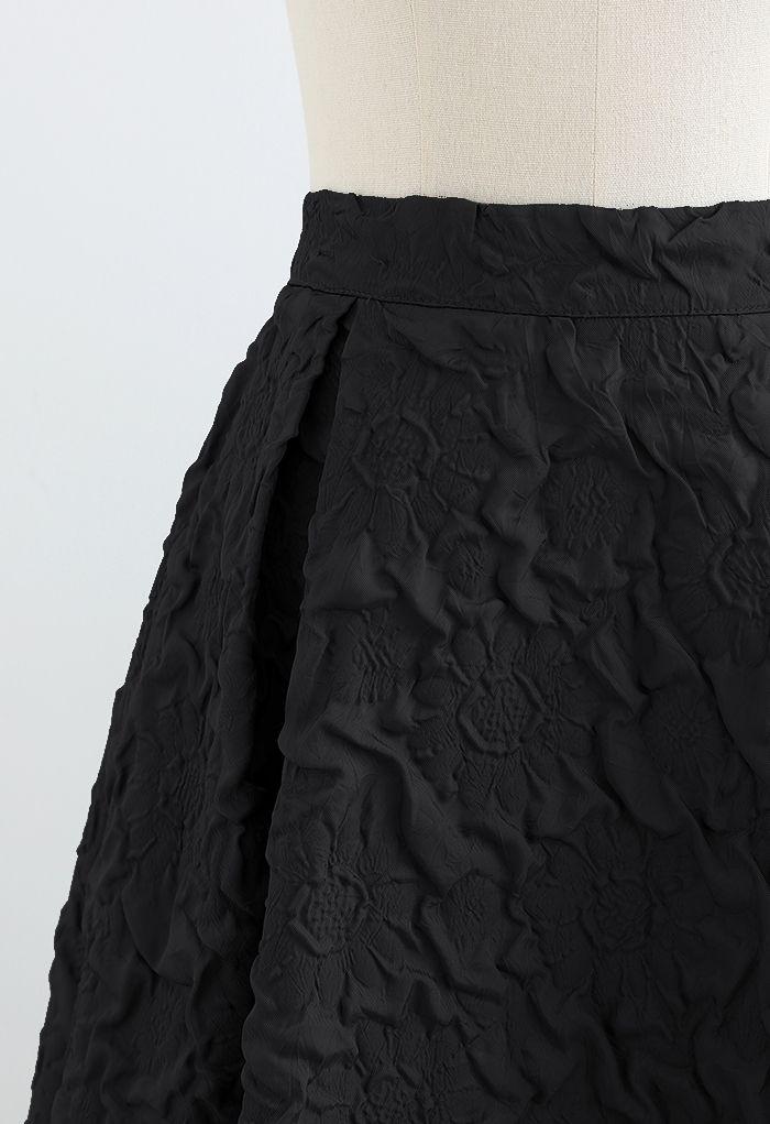 Sunflower Embossed Pleated Midi Skirt in Black