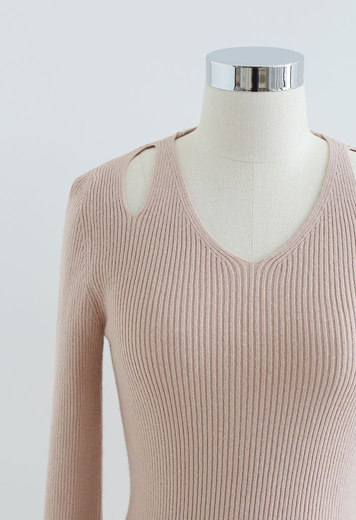 Cut Out Shoulder Fitted Knit Top in Dusty Pink