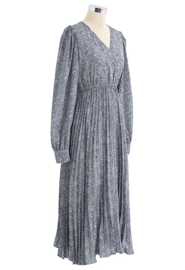 Graceful Floret Wrap Pleated Dress in Blue