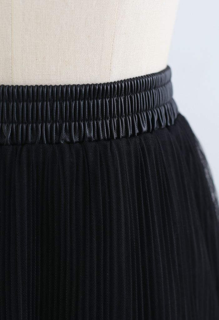 Double-Layered Tiered Pleated Midi Skirt in Black
