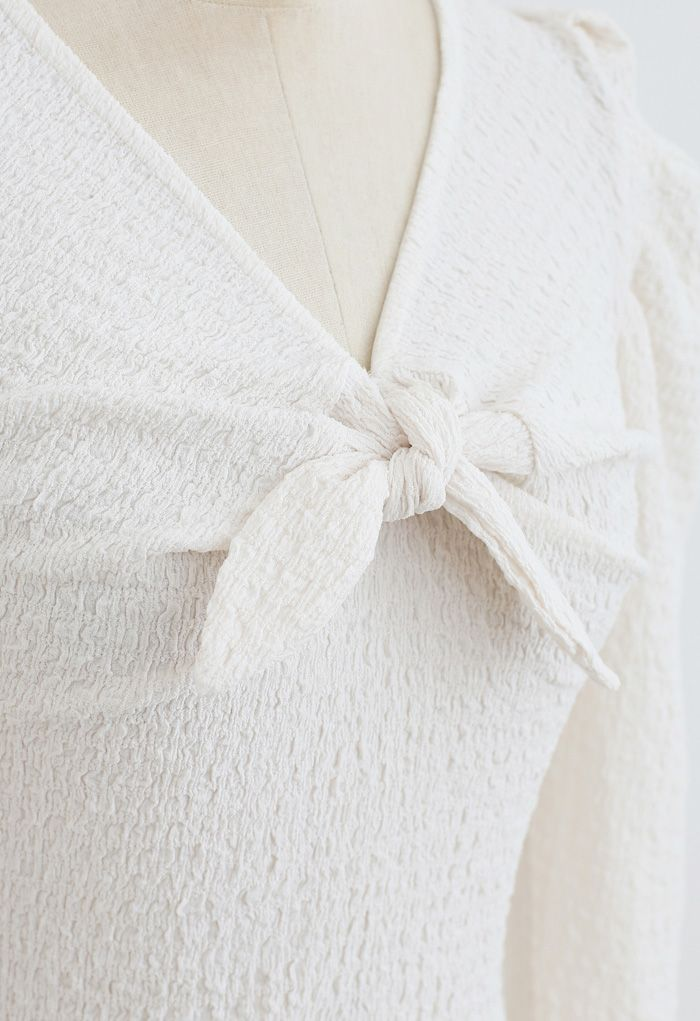 Knot Puff Sleeves Elastic Crop Top in Cream