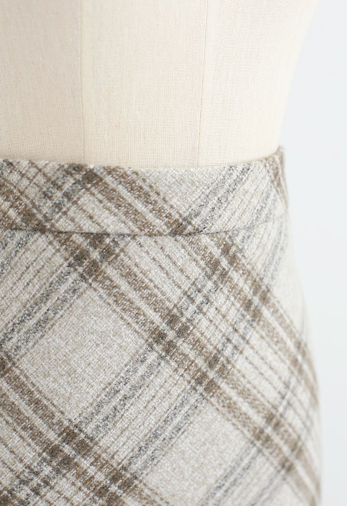 Check Print Wool-Blend Pencil Skirt in Sand