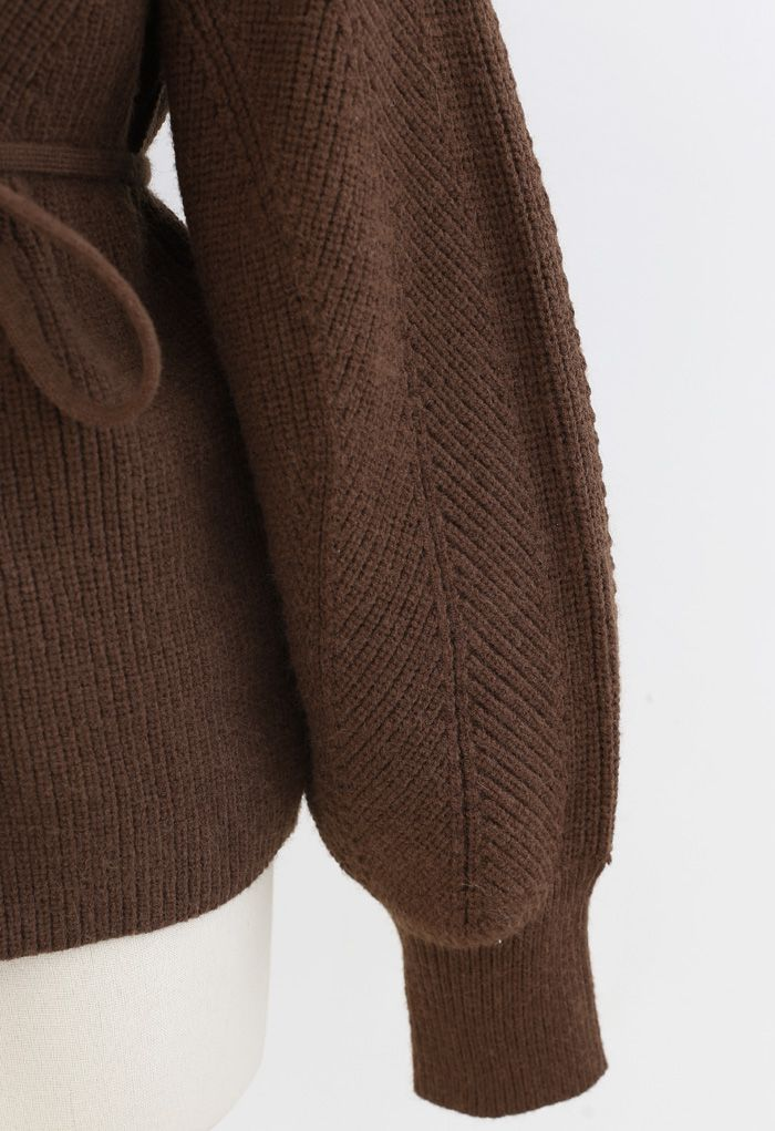 Cozy Ribbed Knit Sweater with String in Brown