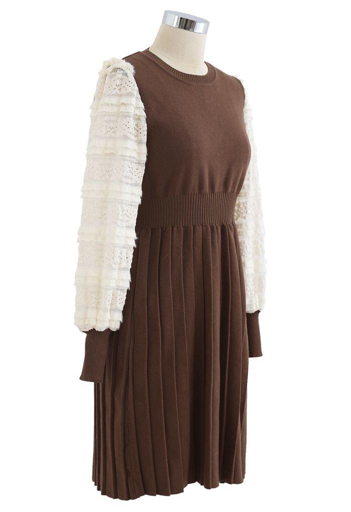 Spliced Lace Sleeves Pleated Knit Dress in Caramel