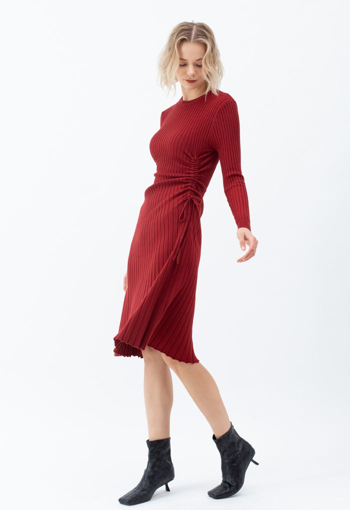 Side Drawstring Ribbed Knit Midi Dress in Red