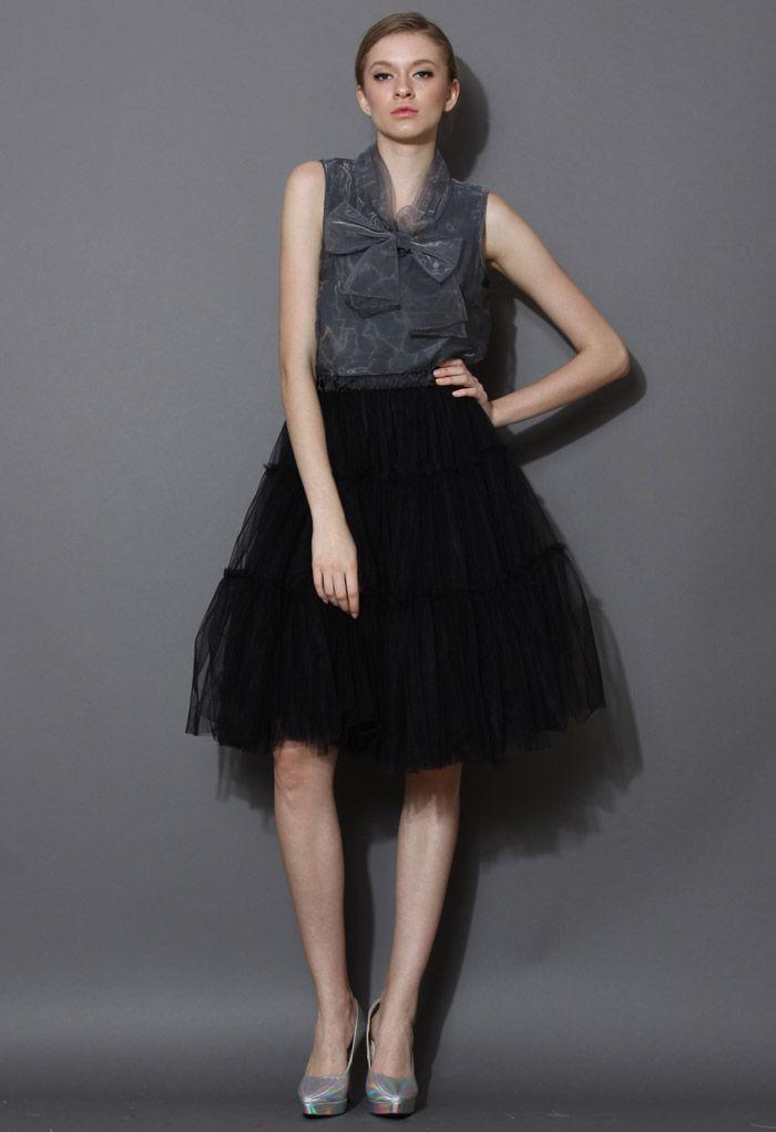 Amore Tulle Midi Skirt in Black