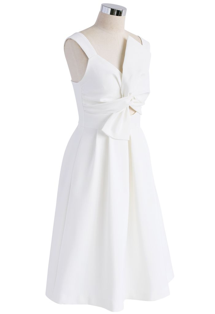 Nifty Knot Sleeveless Dress in White