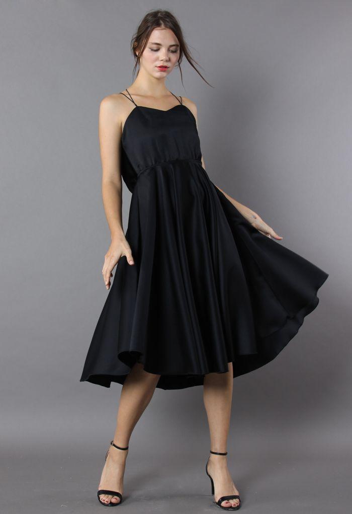 Luxurious Cross-strap Open Back Dress in Black