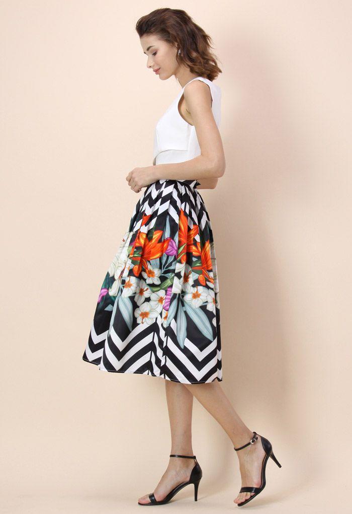 Zigzag Bouquet Printed Midi Skirt
