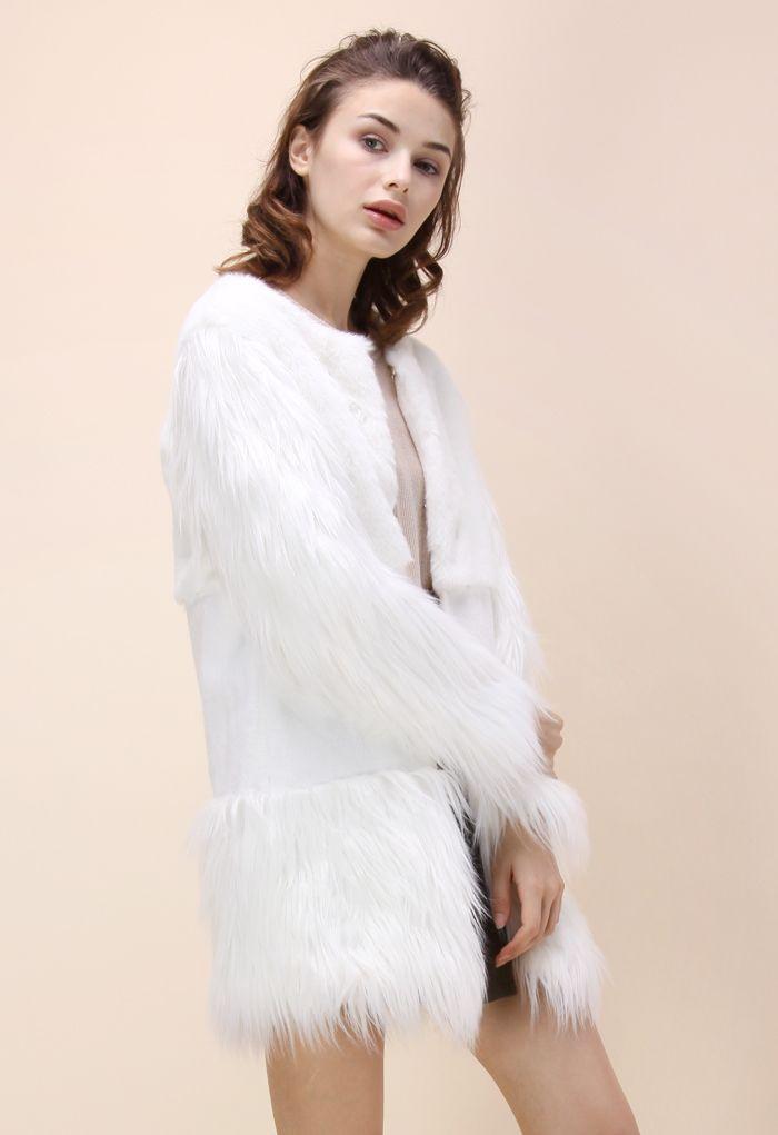 Snow Memory Faux Fur Coat in White