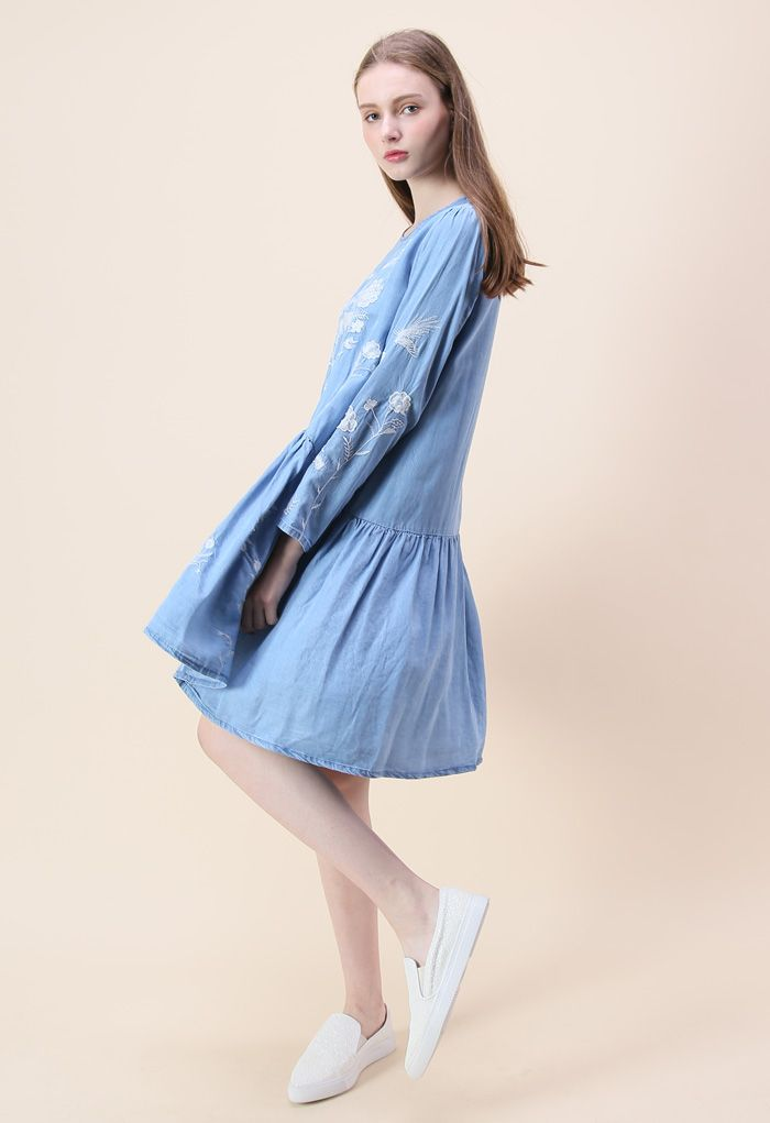 Artless Flowers Embroidered Dress in Chambray