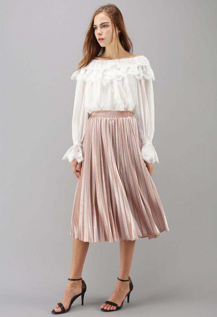 Inviting Sheen Velvet Pleated Skirt in Pink