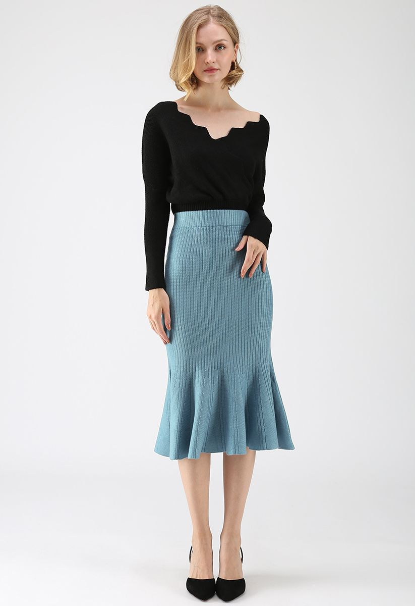 Cafe Time Wavy Wrap Knit Top in Black